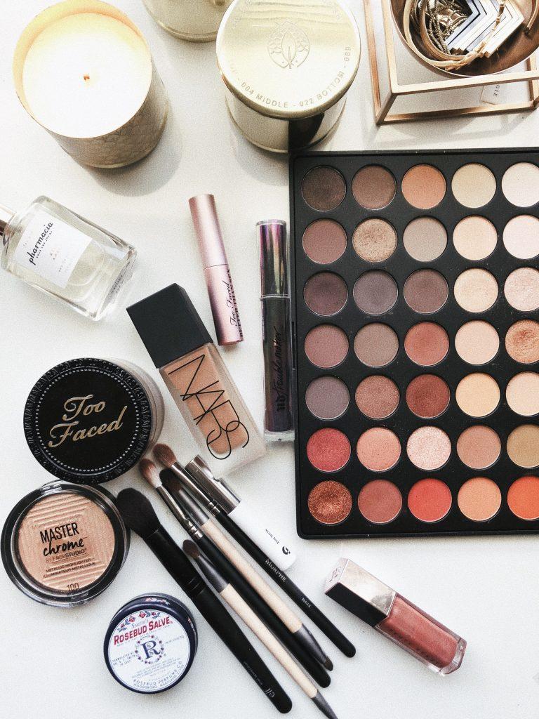 cosmetics online offline
